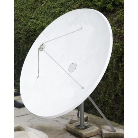 Антенна спутниковая прямофокусная/пластиковая